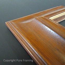 Derby picture frame moulding